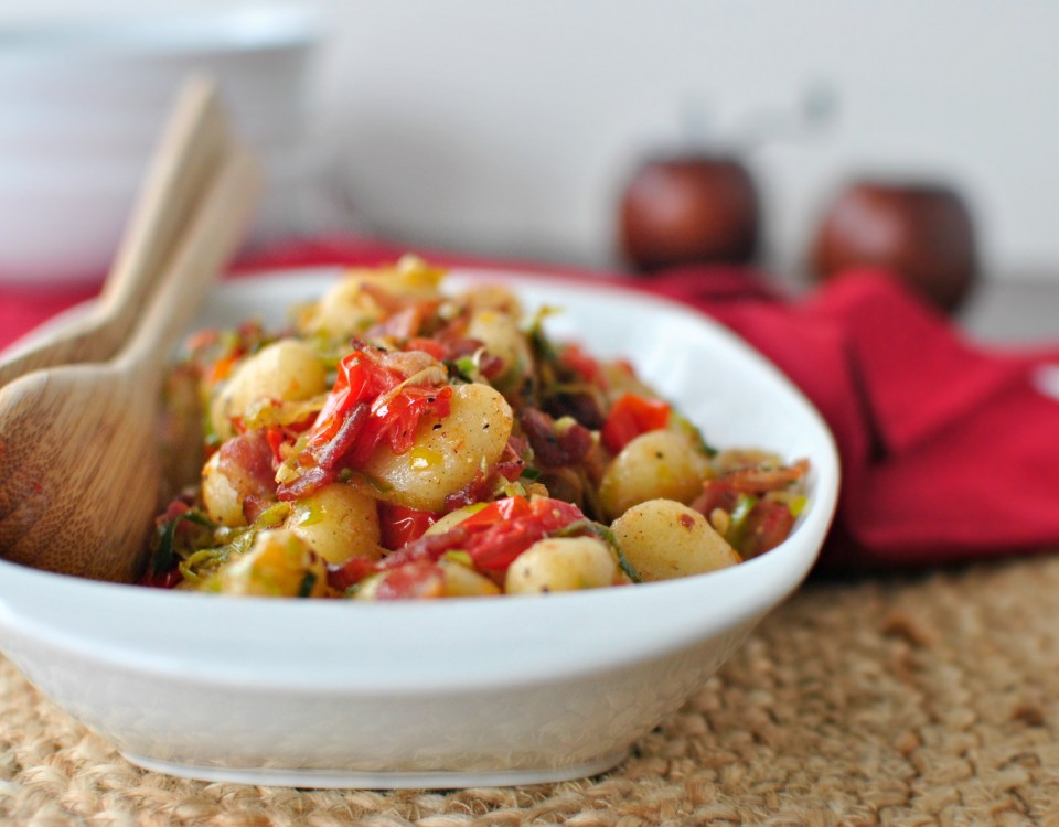 bacon-leek-and-fresh-tomato-gnocchi-www-simplyscratch-com-bacon